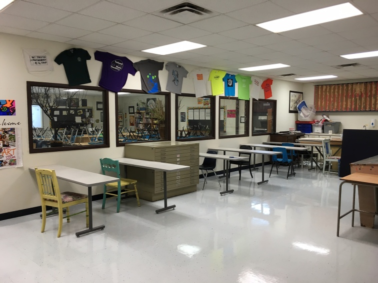 Art 3 and AP Students work in here.
